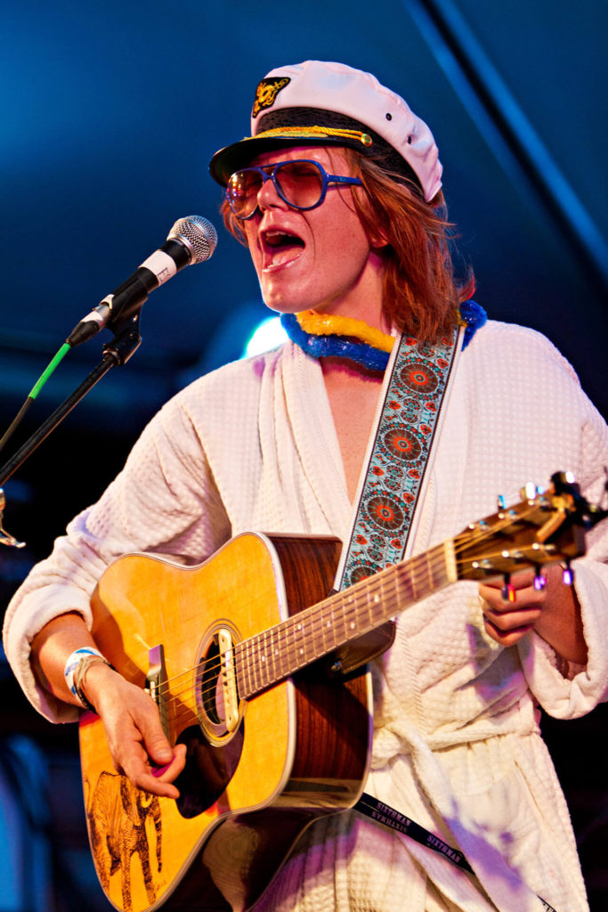 brett dennen by Steve Rosenfield Photography